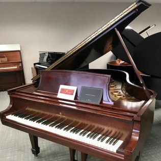Steinway & Sons L